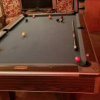 8.5ft Brunswick Centurion Pool Table