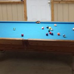 9 ft Brunswick Pool Table