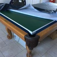 Pool Table / Light / Clock