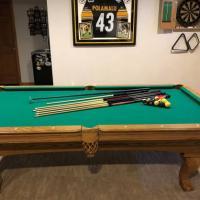 Pool Table - 8' Oak Olhausen